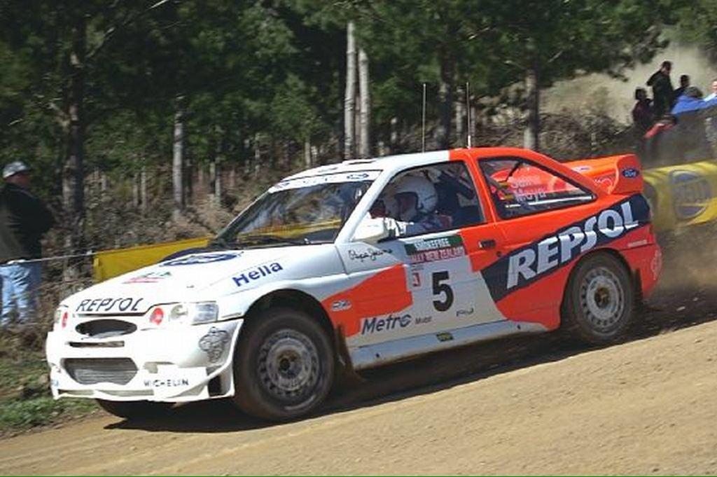 źródło: Ford  |  Sainz z pilotem Luisem Moyą w nowym Escorcie WRC