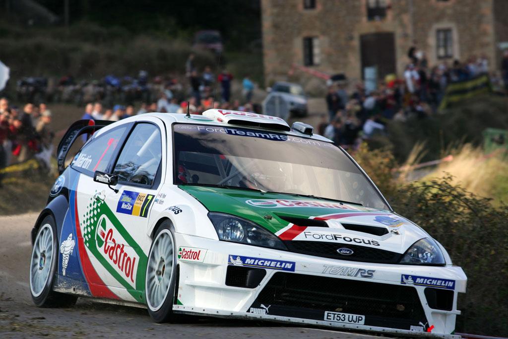 źródło: Ford   Markko Martin na drodze do zwycięstwa w Katalonii w 2004 roku