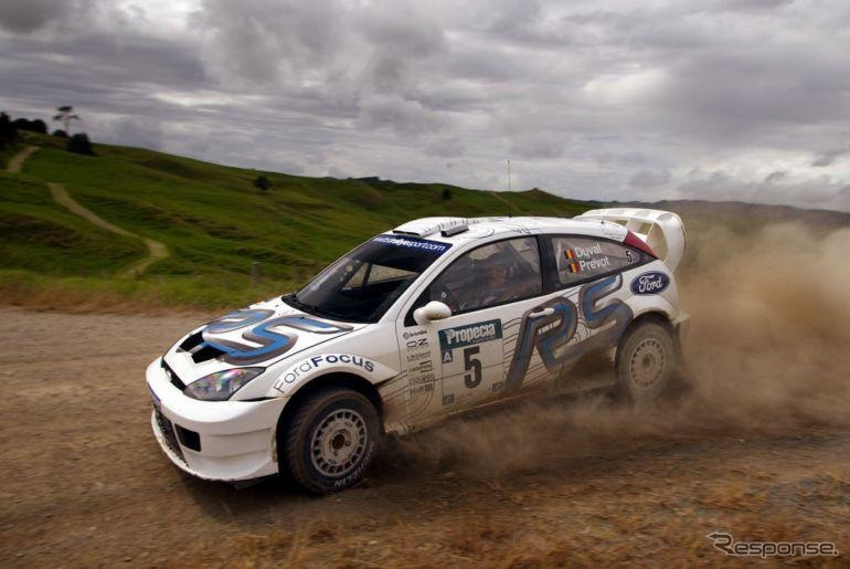 źródło: CarEnthusiast   Francois Duval w debiucie nowego Focusa WRC